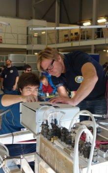 Příprava experimentu pro stratosférický balon BEXUS.