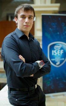 Marek Novák with the recieving unit on his wrist.