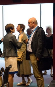 Coffee breaks of the Humans in Space Symposium 2015 were filled by numerous discussions.