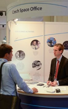 CSO staff gave information on space in the Czech Republic to visitors of their booth.