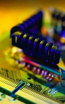 Elektrická komponenta