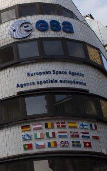 Budova ředitelství ESA v Paříži.