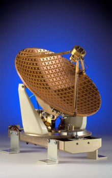 Družicová anténa pro přímé vysílání.