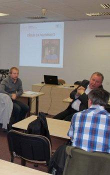 Společná diskuze na konci semináře.