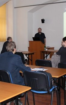 Michal Václavík zahajuje workshop.