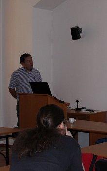 Carlos Granja představuje činnost ÚTEF ČVUT.