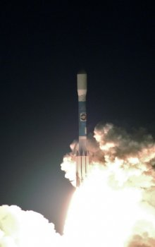 Start rakety Delta II s dvojicí družic STEREO.