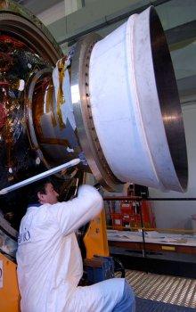 Systém řízení směru vektoru motoru rakety Vega byl vyvinut v rámci programu GSTP.